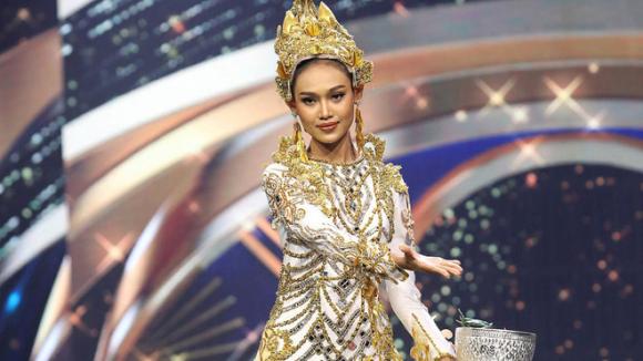 Video Hoa hậu Myanmar bật khóc, khẩn cầu thế giới giúp đỡ trong ngày chết chóc nhất gây bão MXH - Ảnh 3.