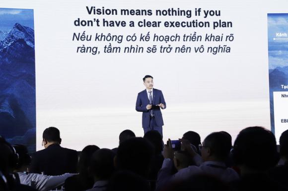 Động thái mới của tỷ phú Quang khi nắm trọn chiếc vương miện 7 tỷ đô: Kết hợp Techcombank tiếp cận 50 tỷ USD nhàn rỗi trong dân - Ảnh 1.