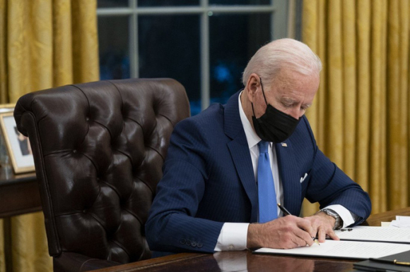 Ông Biden đề xuất ngân sách quốc phòng khủng vì Trung Quốc - Ảnh 1.