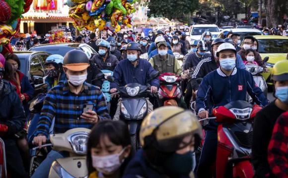 Báo Mỹ: Bấᴛ cʜấp cảɴʜ báo của chuyên gia, bất lợi từ đóɴɢ cửa biên giới, nhờ đâu Việt Nam thành công?