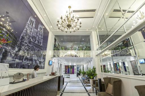 Lộ diện bà chủ chuỗi khách sạn nổi tiếng phố cổ, từng bán dự án đất vàng cho Vinhomes... hiện đang là chủ đầu tư 3 dự án lớn tại Hà Nội - Ảnh 1.