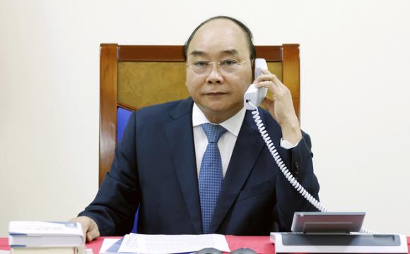 Chủ tịch nước Nguyễn Xuân Phúc điện đàм, mời ông Tập Cận Bình và lãnh đạo Trung Quốc thăm VN