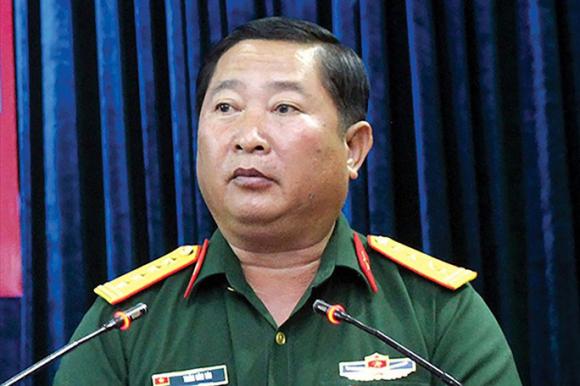 Thiếu tướng, Phó tư lệnh Quân khu 9 bị cách chức tất cả chức vụ trong Đảng - Ảnh 1.