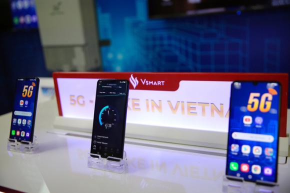 Xóa bài làm lại nhanh như Vingroup: Đầu năm vừa đàm phán mua mảng điện thoại của LG, vài tháng sau đã dừng sản xuất - Ảnh 4.