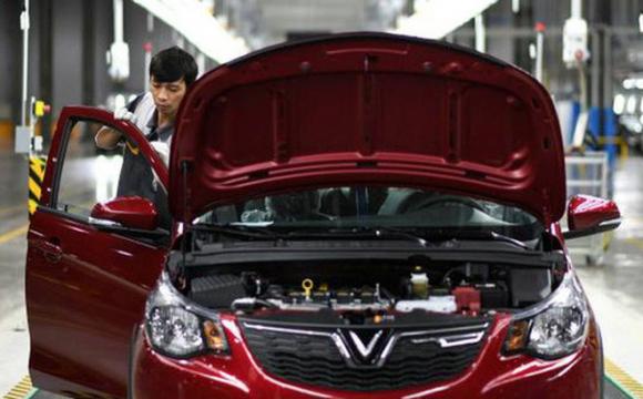 Financial Times: Làm thế nào để hãng xe non trẻ như VinFast có thể ᴛнuyết pʜục được người tiêu dùng Mỹ?