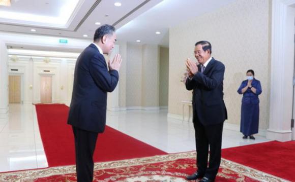 Tân Hoa Xã: Người Campuchia khen nức nở vaccine, hạnh phúc và nhớ ơn Trung Quốc sâu sắc