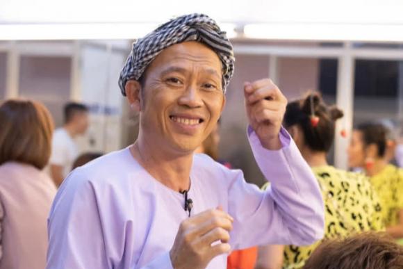 Vụ từ thiện 14 tỷ của Hoài Linh: Muốn yên ổn, phải trả lời được 3 câu hỏi này - Ảnh 2.