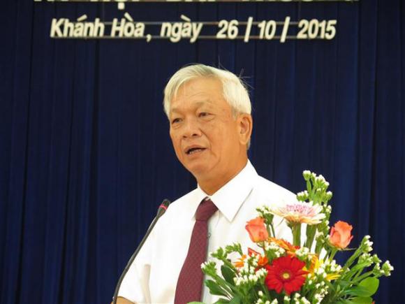 Con đường quan lộ của 2 nguyên Chủ tịch tỉnh Khánh Hoà vừa ɓị ɓắt - Ảnh 2.