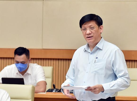 Bộ trưởng Y tế Nguyễn Thanh Long phát biểu tại cuộc họp. Ảnh: Nhật Bắc