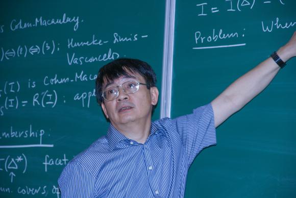 Nguyên Viện trưởng Toán học: 'Chuẩn tiến sĩ mới là nỗi ʜổ ᴛнẹn với thế giới'