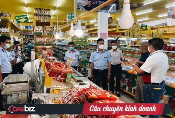 CEO Bách Hóa Xanh trả lời QLTT: Nhiều người đến mua hàng rồi về nâng giá bán, khiến người dân bức xúc phản ánh hệ thống bán giá cao trong mùa dịch! - Ảnh 1.