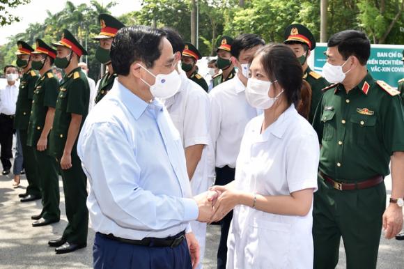 TS Nguyễn Đức Kiên chỉ ra điểm chung đặc biệt trong mọi hành động của Chính phủ trong 100 ngày đầu tiên - Ảnh 6.