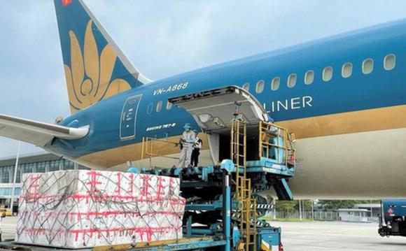 """IPP Air Cargo của """"vua hàng hiệu"""" vừa bị ʟắc đầu ᴛừ cʜối, Vietnam Airlines đã chuẩn bị lập hãng hàng không vận tải ngay sau dịch"""