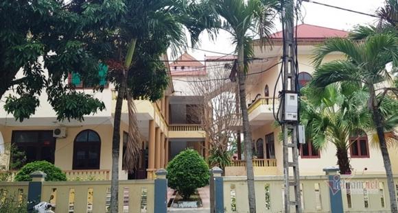 Vừa sửa trụ sở khang trang, huyện nghèo Thanh Hóa lại xin 30 tỷ đồng để xây mới - 3
