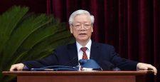 Bộ Chính trị sẽ điều động, chỉ định nhiều nhân sự chủ chốt sau Đại hội XIII