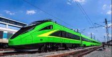 Không nhẽ phải sang Lào đi tàu điện cao tốc?