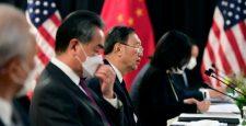 """Những nhà ngoại giao Trung Quốc """"mù tịt"""" về thế giới và sự thật về """"ngoại giao chiến lang"""""""