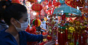 VEPR: Tăng trưởng kinh tế Việt Nam đang bị COVID-19 cản đường?