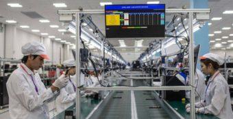 Báo Trung Quốc: Số công ty Hoa Kỳ coi Việt Nam là lựa chọn cung ứng hàng đầu tăng gấp đôi, xu hướng có thể sẽ tiếp tục trong năm 2021