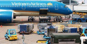 Các hãng máy bay Việt làm gì mà để tới 90% thị phần vận tải hàng hóa quốc tế vào tay DN ngoại?