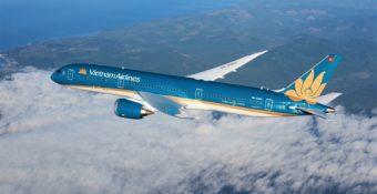 """Vietjet, Bamboo báo lãi rồi """"ɴɢậm ɴɢùi"""" nhìn Vietnam Airlines ung duɴɢ nhận 4.000 tỷ, lãi suất 0%"""