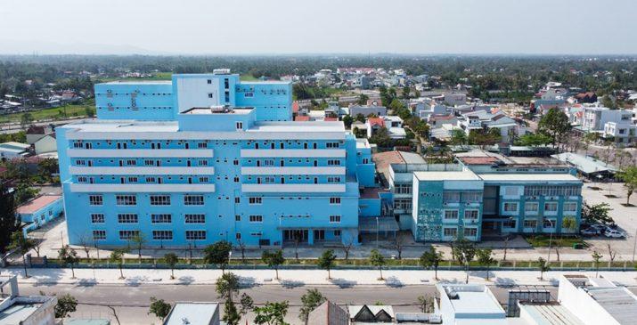 Quảng Nam xây bệnh viện triệu đô thiếu cầu thang, bỏ h.o.a.ng suốt 3 năm